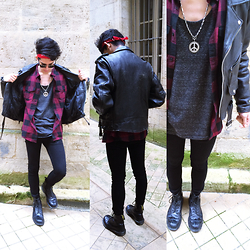 Paul Mulloy - H&M Tank Top, H&M Shirt, First Leather Jacket, Tod's Glasses/Sunglasses, H&M Skinny Jeans, Dr. Martens Boots - Urban Rocker