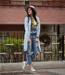 Viktoriya Sener - Asos Fedora Hat, Zaful Cradigan, Beads.Us Brooch, Asos T Shirt, Pull & Bear Jeans, Chic Wish Brogues - HEADING TO THE GALLERY
