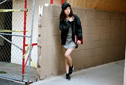 Bee S - Madewell Tokyo Bomber Jacket, Comme Des Garçons Pouch, Nike Airmax Thea, Topshop Dress, Madewell Cap - Like Boys