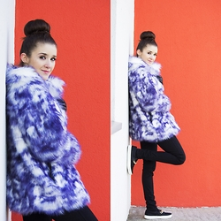 Iwińska .com - Fur, Asos Leather Sneakers By, H&M Black Jeans - Comfortable and colorful winter