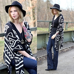 Lavie Deboite - Sheinside Ethno Cardigan, H&M Bootcut Jeans, H&M Hat - Bootcut Jeans