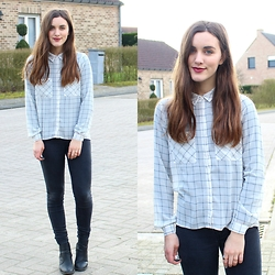 Nausikaä B - Forever 21 Checked Shirt, Black Jeans, H&M Black Heels - Checked shirt