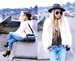 Aika Y - H&M Fedora, Zara Faux Fur Jacket, Thrifted Star Print Sheer Blouse, Free People Boyfriend Jeans, Justfab Khaki Booties, Isabel Marant Beaded Belt, Asos Black Bag, Free People Retro Sunnies - Love Affair with Faux Fur Jacket