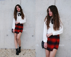 Mariana Moratalla - Oasap Shirt, Oasap Plaid Skirt, Shellys London Boots - Black bow
