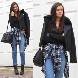 Patricia B -  - Grey Plaid