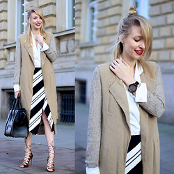 Leonie Hanne - Watch, Skirt, Golden Heels, Blouse, Vest, Cardigan, Bag - Stripes at Karl o'clock | ohhcouture.com