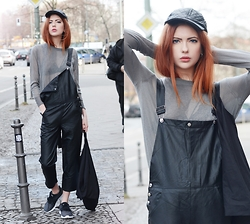 Ebba Zingmark - Style Moi Fake Lether Dungarees, Style Moi Top, Topshop Hat, Nike Sneakers - ÜBERALL