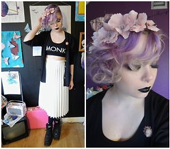 Emmy - H&M Flower Crown, Monki Crop Top, Thrifted Skirt, Buffalo Platforms - I wish i was a punk rocker with flowers in my hair