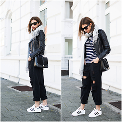 Storm West - Adidas Sneaker, Missguided Mom Jeans - Fire a gun.