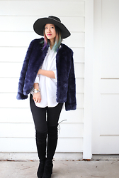 Issa Rocks - Forever 21 Blue Fur Coat, Forever 21 Black Wide Brim Denim Hat, Ayr Black Jeans, Stuart Weitzman Otk Suede Boots - Blue fur