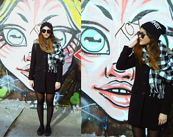 Grace J - Forever 21 Checked Scarf, Ostre™ Beanie, Buffalo Creepers - East Side Gallery