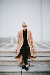 Dannon K Collard - Forever 21 Long Camel Coat, Madewell Sateen High Rise Jeans, Forever 21 Pointed Loafers - Upper West Side