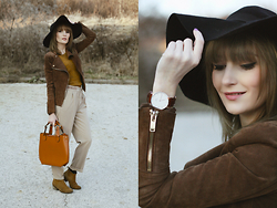 Chloe From The Woods - Daniel Wellington Watch, Bagissimo Leather Handbag, Mango Leather Jacket - Take me to Brown Valley