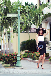 Virgit Canaz - Vesperdresses Dress, H&M Hat, Zara Heels, Proenza Schouler Bag Ps11 - Calle 5