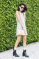 Joselin R - Warby Parker Sunglasses, Runway Bandits Pocket Dress, J. Crew Parker Crossbody Bag - ESCAPE ROUTE