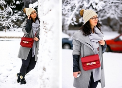 Teodora J. - Proenza Schouler Bag, H&M Scarve - Shades of grey
