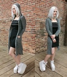 Suzi West - Dollface Hooded Duster, Byer Too Spice Girl Dress, Yru Qozmos Platform Sneaker - 12 March 2015