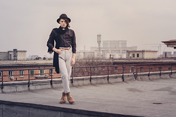 Sorin Marculescu - New Yorker Black Hat, H&M Gold Collar Necklace, Zara Black Scarf, Zara Black Shirt, Pull & Bear Brown Belt, Terranova Gold Bracelet, M.A.C. Grey High Waisted Pants - On the top of the world