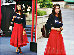 Surbhi Suri - Platinum Mall, Bangkok Selfie Tee, Study By Janak Lehenga Skirt, Lavie Bagpack, Platinum Mall Bangkok Shoes, Bangdarsarali Headgear - Selfie Tee N Indian Skirt