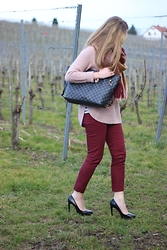 WMBG . - Louis Vuitton Bag, H&M Pants, Zara Heels - Burgungdy&Rosé