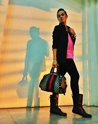 Apple Placer - Gucci Boston Bag, Janilyn Boots, Casio G Shock - Monday oh Monday!
