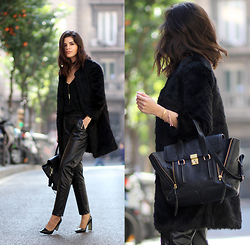 Adriana Gastélum - Cami Nyc Silk Camisole, Choies Faux Leather Joggers, 3.1 Phillip Lim Pashli Medium, Coach Pointy Pumps - Day-to-night in black
