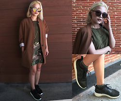 Kash Zabala - Wear Vintage Sunglasses, Stradivarius Boyfriend Blazer, H&M Green Sequin Skirt, Stradivarius Silver Ear Cuff And Dangling Earrings, Nike Sneakers, Topshop Shimmered Socks, H&M Gold Bodychain Necklace - Brown Tones