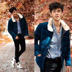 Vini Uehara - Rose Whole Sale Coat - Autumn is getting closer!