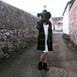 Anna S. - Unif Nevermind Duster, Asos White Sundress, Topshop Black Floppy Hat, Dr. Martens 101 Boots - Witchy vibes