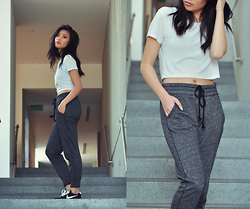 Cleo - Forever 21 Joggers - Day Out or Day In?