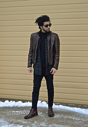 Tah ∆li - Tom Ford Vintage Black Cat Eye Sunglasses, Brooks Brothers Vintage Brown Leather Moto Jacket, Fred Perry Vintage Black Mid Turtle Neck Sweater, Tommy Hilfiger Vintage Plaid Shirt, I Love Ugly Black Ralph Pants, Calvin Klein Brown Boots - Re-Anna, No Anna Moi