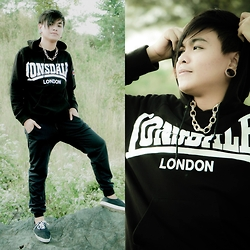 Rex Dela Cruz - Lonsdale London Hoddie Jacket, Penshoppe Jogger Pants - Black is Fierce