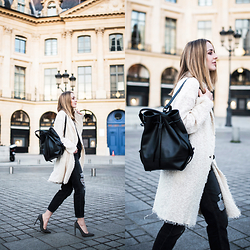 TIPHAINE MARIE - Coat, Bag, Jeans, Pumps - Place Vendôme.