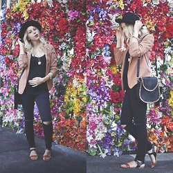 Ashleigh Anderson (Instagram@lunaxmarie) - Forever 21 Ripped Jeans, Target Sandals, Bag, Quartz Cluster Necklace - Baby Bloom