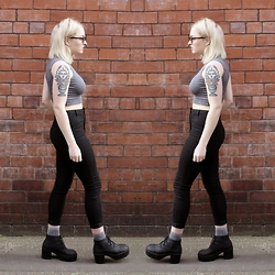 Alice Marie - George At Asda Jeans, Boohoo Top, H&M Socks, H&M Boots - Basic