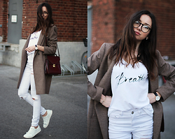 Bea G - Coat, Jeans, T Shirt, Shoes, Bag - White Out