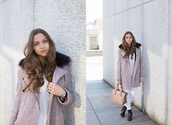 Jana Couture - Cortefiel Coat, H&M Booties, Mango Pants, Uterque Bag - A day at the museum