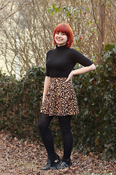 Jamie Rose - Boohoo Black Turtleneck T Shirt, Forever 21 Leopard Print Skater Skirt, Forever 21 Heart Print Sweater Tights, Boohoo Cutout Boots - New Turtleneck