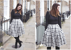 Jaclyn - Vero Moda Black Rollneck, Asos Checked Midi Skirt, Zara Knee High Boots, Alex Monroe Gold Bee Necklace - Skirts over Boots
