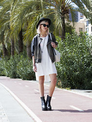 Mikuta - Rhythm Hat, H&M Dress Tshirt, Depeche Boots, Finell Bag - Maritimo