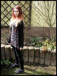 Shira Elizabeth - London Spiked Necklace, Camaieu Black Cardigan, Be Beau Rockabilly Top, H&M Black Pants, H&M Black Platform Shoes - Rockabilly pagan