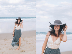 Nicole Buhler - Brandy Melville Usa Hat, Billabong Shirt, Brandy Melville Usa Necklace, Tree Of Life Bracelet, Mossy Boutique Purse, Brandy Melville Usa Skirt, American Eagle Outfitters Shoes - Beach at Dusk