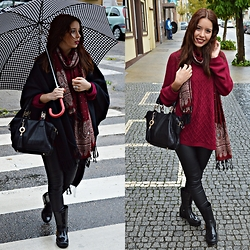 Denise Assis - Zara Leaggins, Luis Onofre Rainy Boots, Stradivarius Sweater - Let it Rain