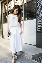 MillyQ Chung - Tank Top In White, Culottes In White, Michael Kors Bradshaw Lace Up Flat Sandals, Céline Clutch, Satellite Bijoux Paris Thelma Silver Color Necklace - Once in a white♥