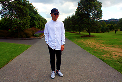 Dan Pantoja - Ralph Lauren Polo Cap, I Love Ugly White Casual Shirt, Acne Studios Black Cropped Trousers, Nike Flyknit Lunar Ii - NORM CORE Δ