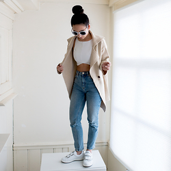 Fiveftwo - Asos Jeans, Kenzo Sneakers, Zara Top - Getting used to sneakers
