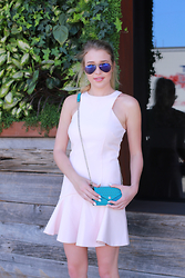 Payton Sartain - Finders Keepers The Label Dress, Ray Ban Sunglasses, Rebecca Minkoff Bag - Easter Look