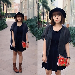 Lexie Puzon - Snh Brown Boots, Shopteepee Sling Bag, Cotton On Black Dress, 8 Saints Black Kimono, Forever 21 Black Hat - Never too dull