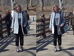 Elizabeth Claire - Forever 21 Grey Coat, Etam Houndstooth Top, Jennifer Lopez For Kohls Black Trousers, Matty's Buckle Boots, Target Black And Pastel Tote - Central Park