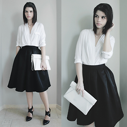 Lidia Zuin - Romwe White Shirt, Zara White Wallet, Sheinside Black Midi Skirt, Arezzo Black Shoes - Easy chic